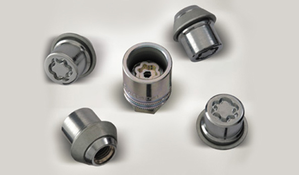 Anti theft nuts for alloys wheels